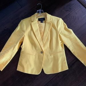 Beautiful Ann Taylor yellow one button blazer